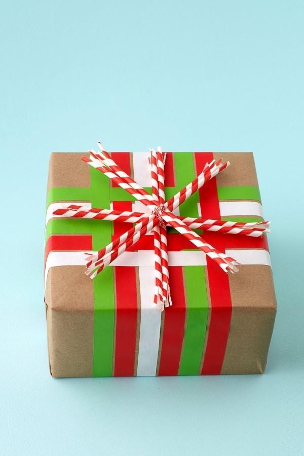 tolle farbigen streifen geschenkpapier