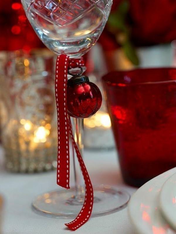 weihnachtenbastelideen glas mit kugeln