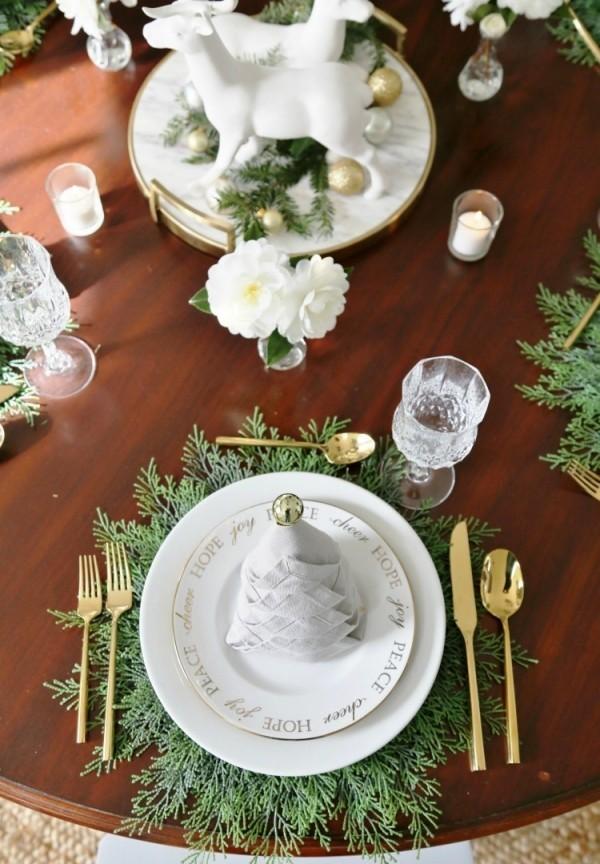weihnachtliche Tischdeko für wenige personen