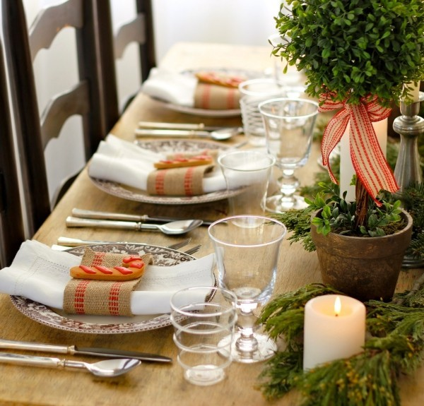 weihnachtliche Tischdeko grün