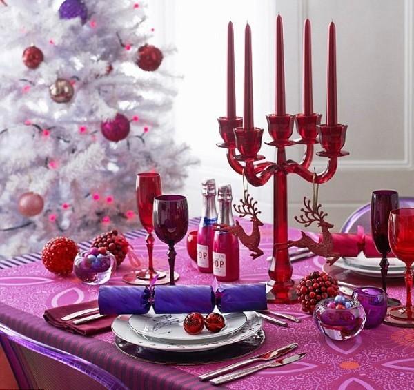 weihnachtliche Tischdeko lila