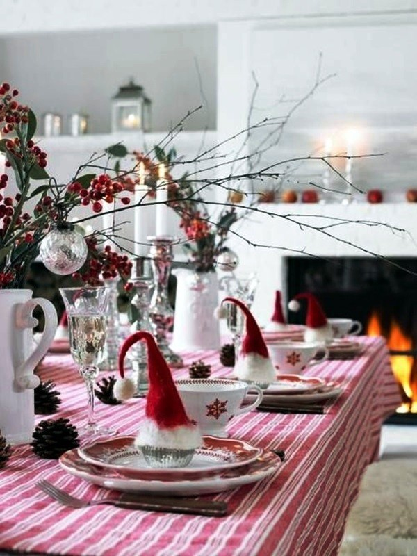 weihnachtliche Tischdeko mützen