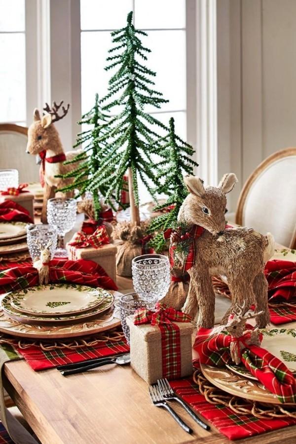 weihnachtliche Tischdeko rentieren