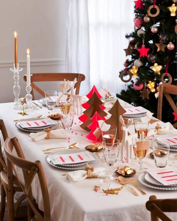 weihnachtliche Tischdeko rosa gold