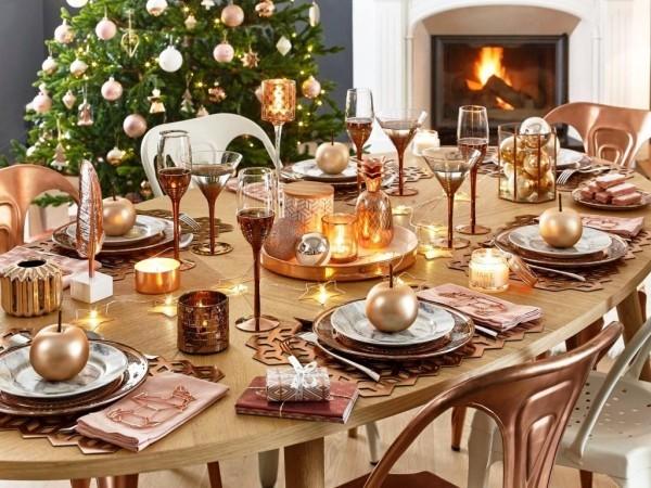 weihnachtliche Tischdeko rose gold rund