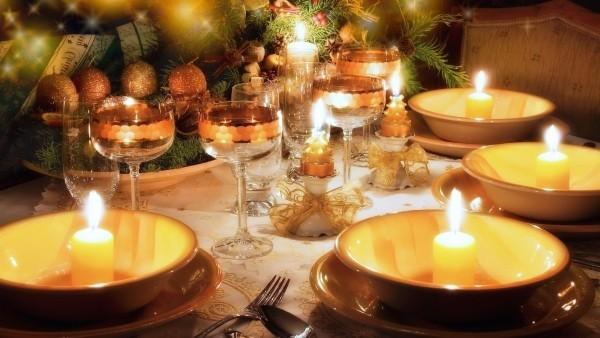 weihnachtliche Tischdeko warmes licht