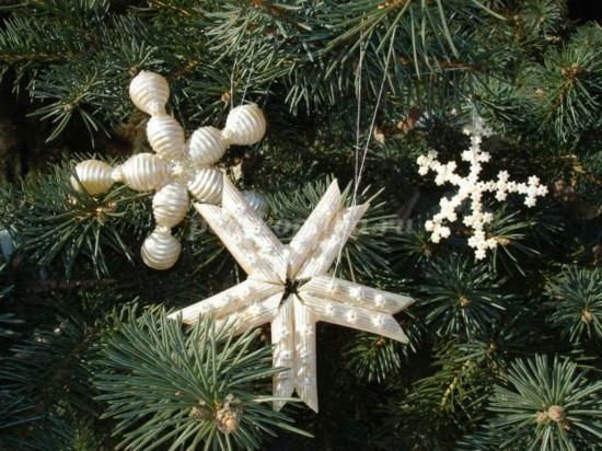 weihnachtssterne basteln mit nudeln