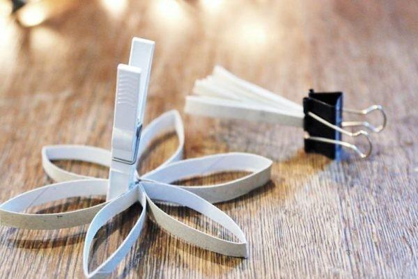weihnachtssterne mti klorollen ausgefallene weihnachtsdeko selber machen