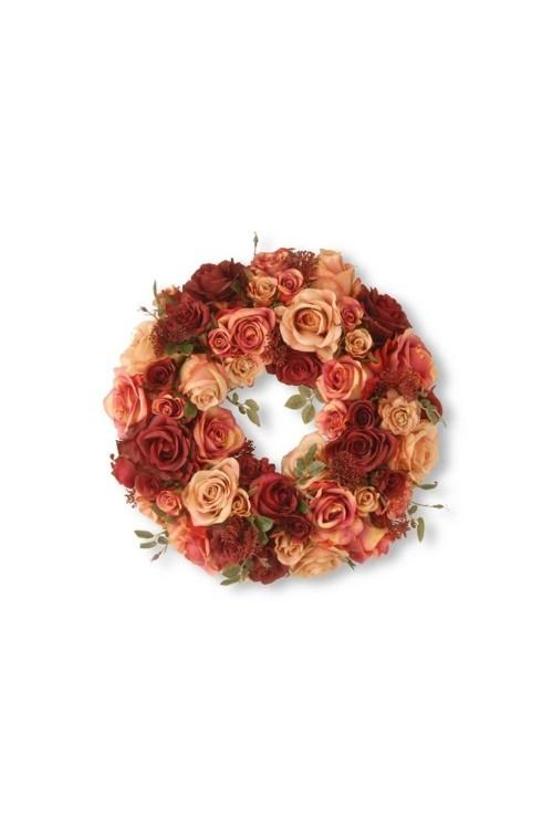 wundervolle Rosen und andere Herbstkränze