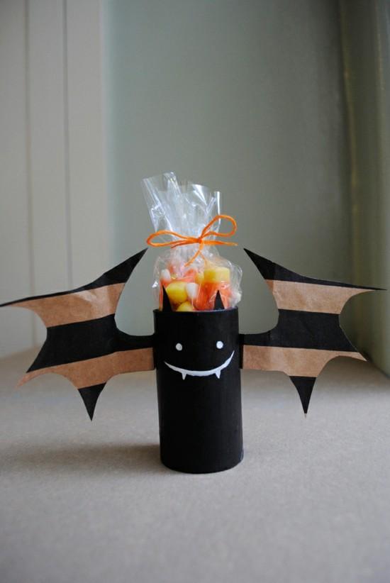 zuckertüte halloween basteln mit klorollen