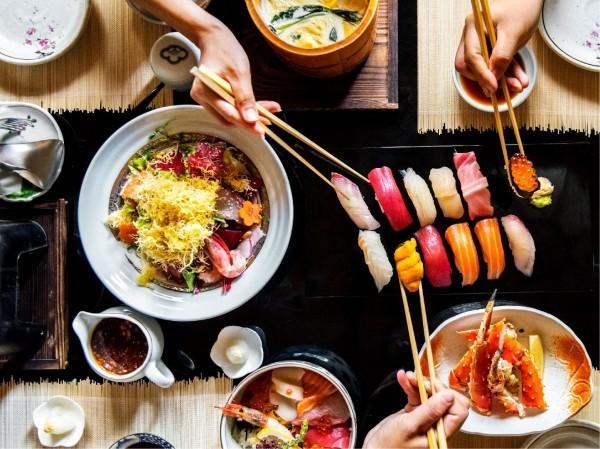Japanisches Essen eine Vielfalt an verwendeten Produkten zahlreiche geschmackvolle Speisen