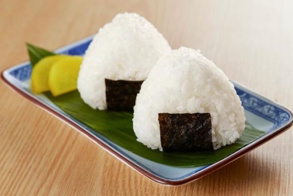 Japanisches Essen japanische Reisbälle lecker und gesund
