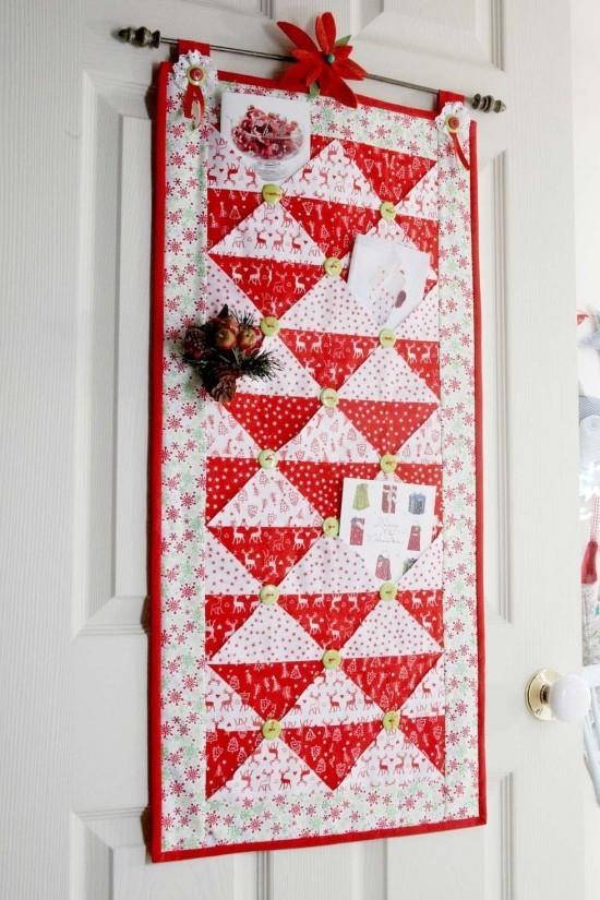 Weihnachtskarten auffällige Weihnachtsdeko für Tür oder Wand mit vielen Karten