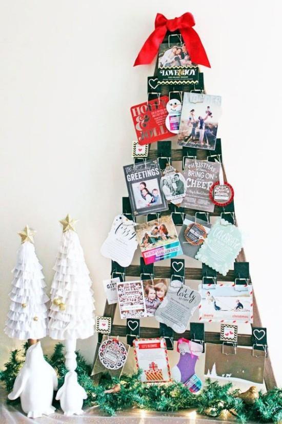Weihnachtskarten mit Mausefallen befestigt schöne Christbaum Deko