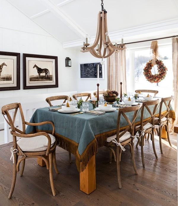 blaue Tischdecke schöne Deko Esszimmer