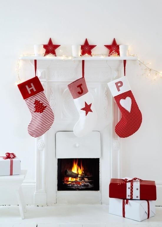 skandinavische weihnachtsdeko kaminsims dekorieren