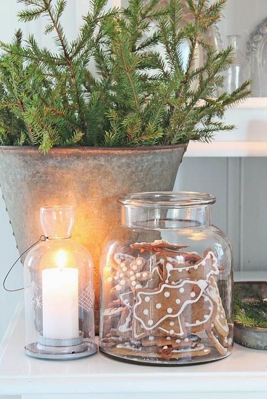 skandinavische weihnachtsdeko plätzchen tannengrün
