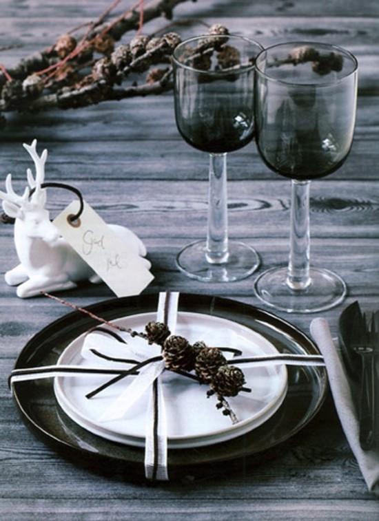 skandinavische weihnachtsdeko schlichte tischdekoration