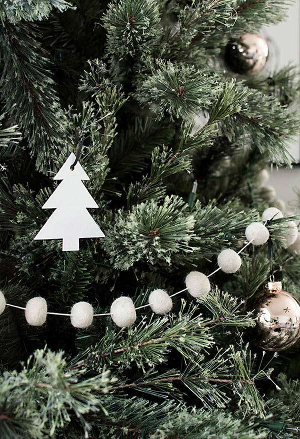 tannenbaum basteln aus tollem weißem papier