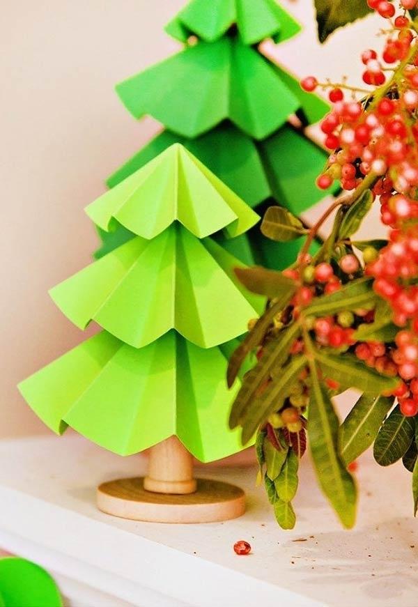 tannenbaum basteln holz und papier