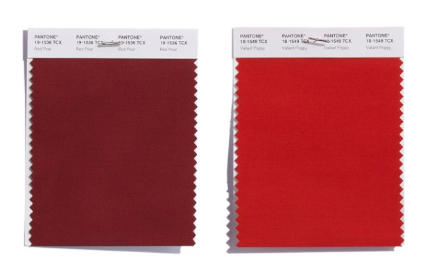 trendfarben damenmode pantone zwei verschiedene rots