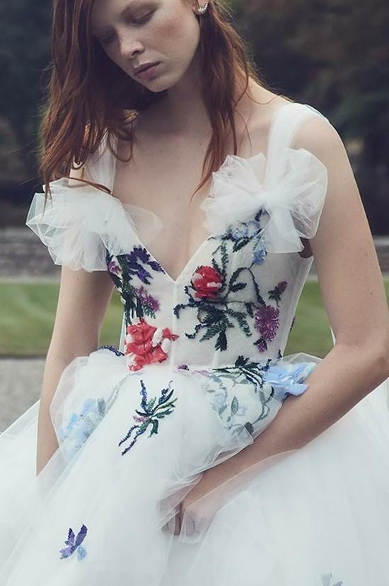 trendige brautkleider moderne hochzeitskleider