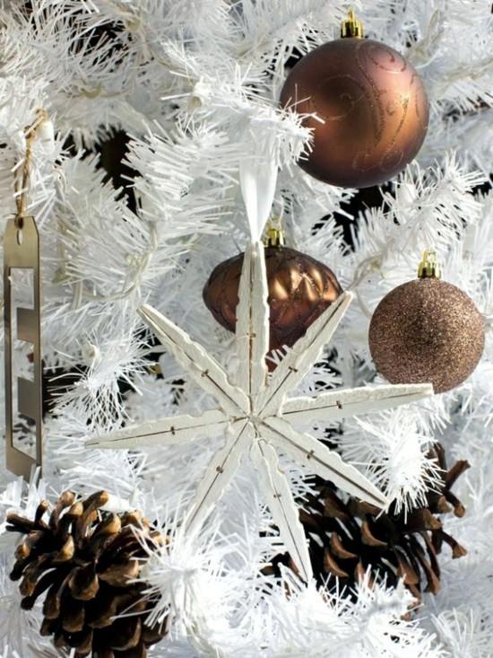 wäscheklammer schneeflocken basteln weihnachtsschmuck