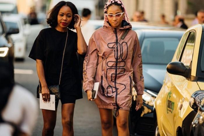 zwei kleider mailand modetrends