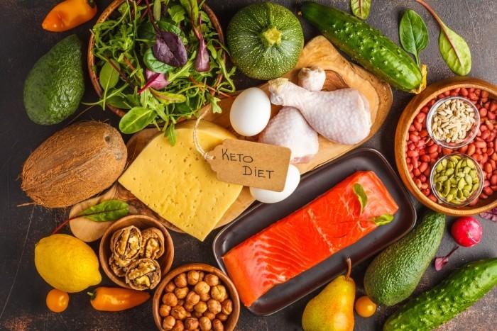 Essen ohne Kohlenhydrate Keto Diät wichtige kohlenhydratarme Produkte