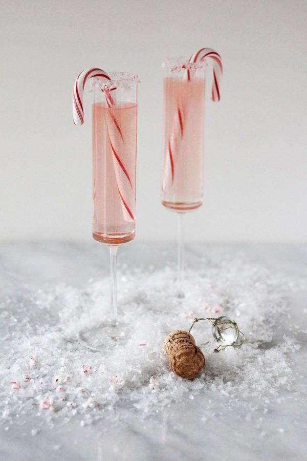 Festliche Cocktails zu Weihnachten und Silvester Weiße Weihnachten Cocktails mit Pfefferminze