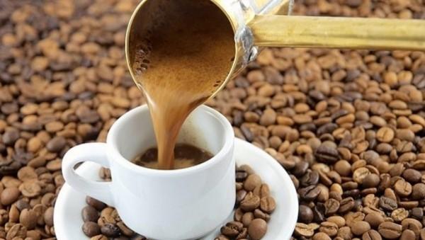Kaffee trinken in der Türkei spezielle Zubereitung viel Zeit beim Trinken