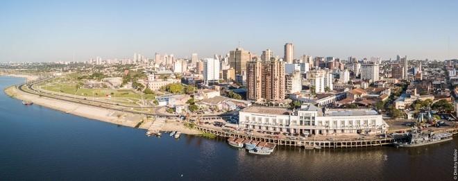 Reiseziele 2019 Panoramablick auf die Hauptstadt von Paraguay Asuncion, aufgenommen von dem Lateinamerikanischen Viertel