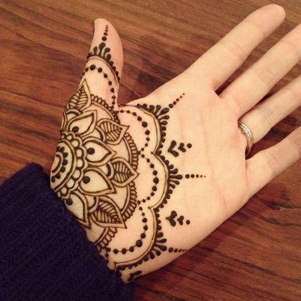 blume handfläche tattoo ideen