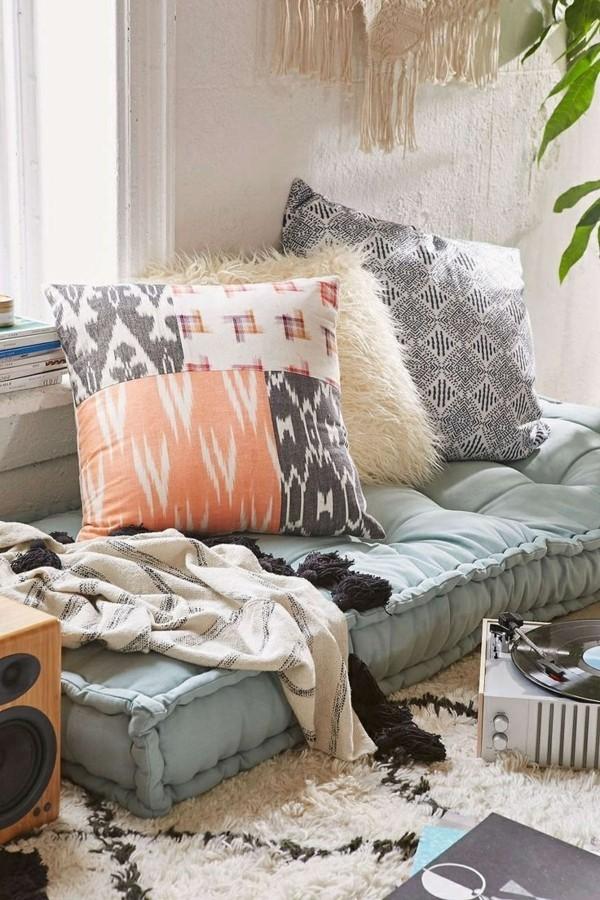 orientalisch einrichten wohnzimmer bodenmatratze