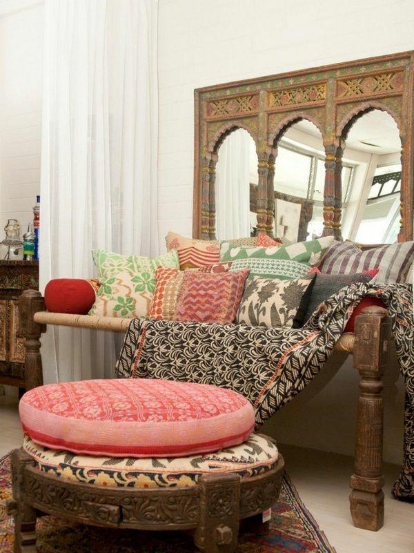 bodenkissen spiegel orientalisch einrichten wohnzimmer