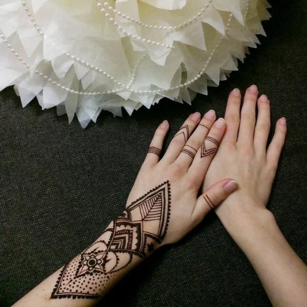bohemian stil henna tattoo ideen