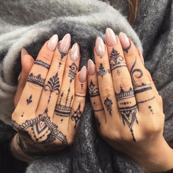 coole boho tattoo ideen mit henna