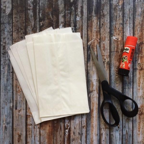 die benötigten materialien papiertsterne basteln