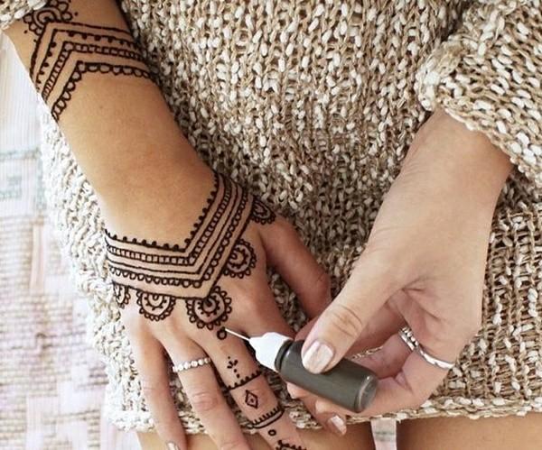elegante henna tattoo ideen damen