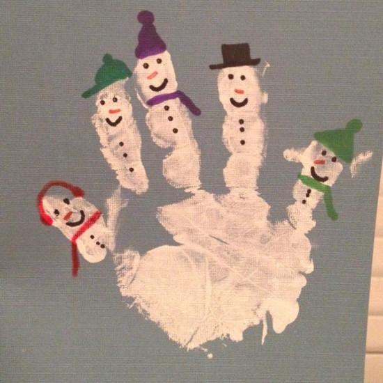 Weihnachtskarten basteln mit Kindern Handabdruck