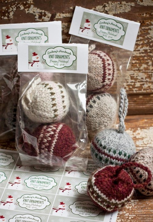 knitted balls christmas presents