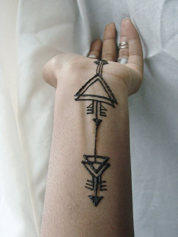 grafische tattoo ideen mit henna