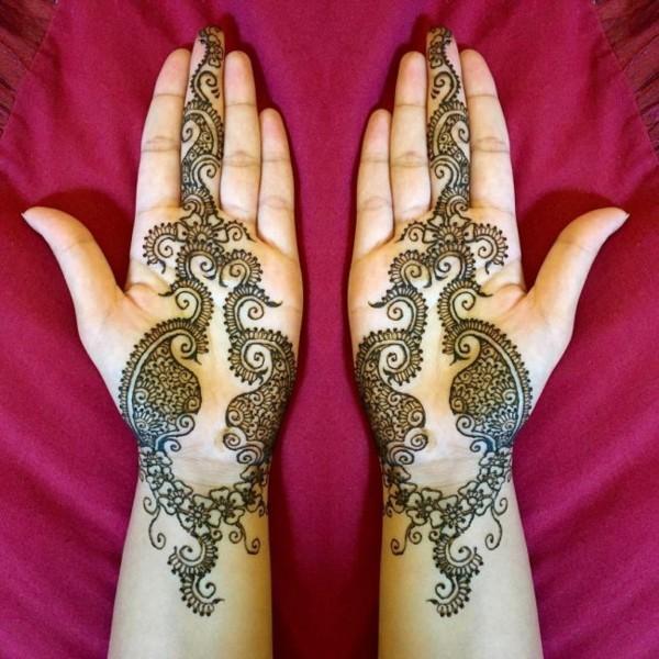 handflächen tattoo ideen mit henna