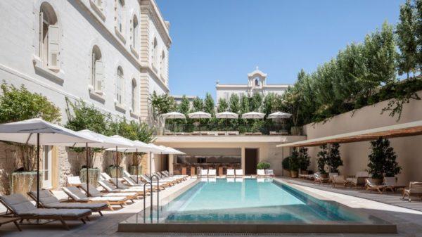 jaffa hotel schwimmbad moderne architektur