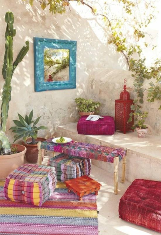 marokkanische terrasse einrichten bodenkissen