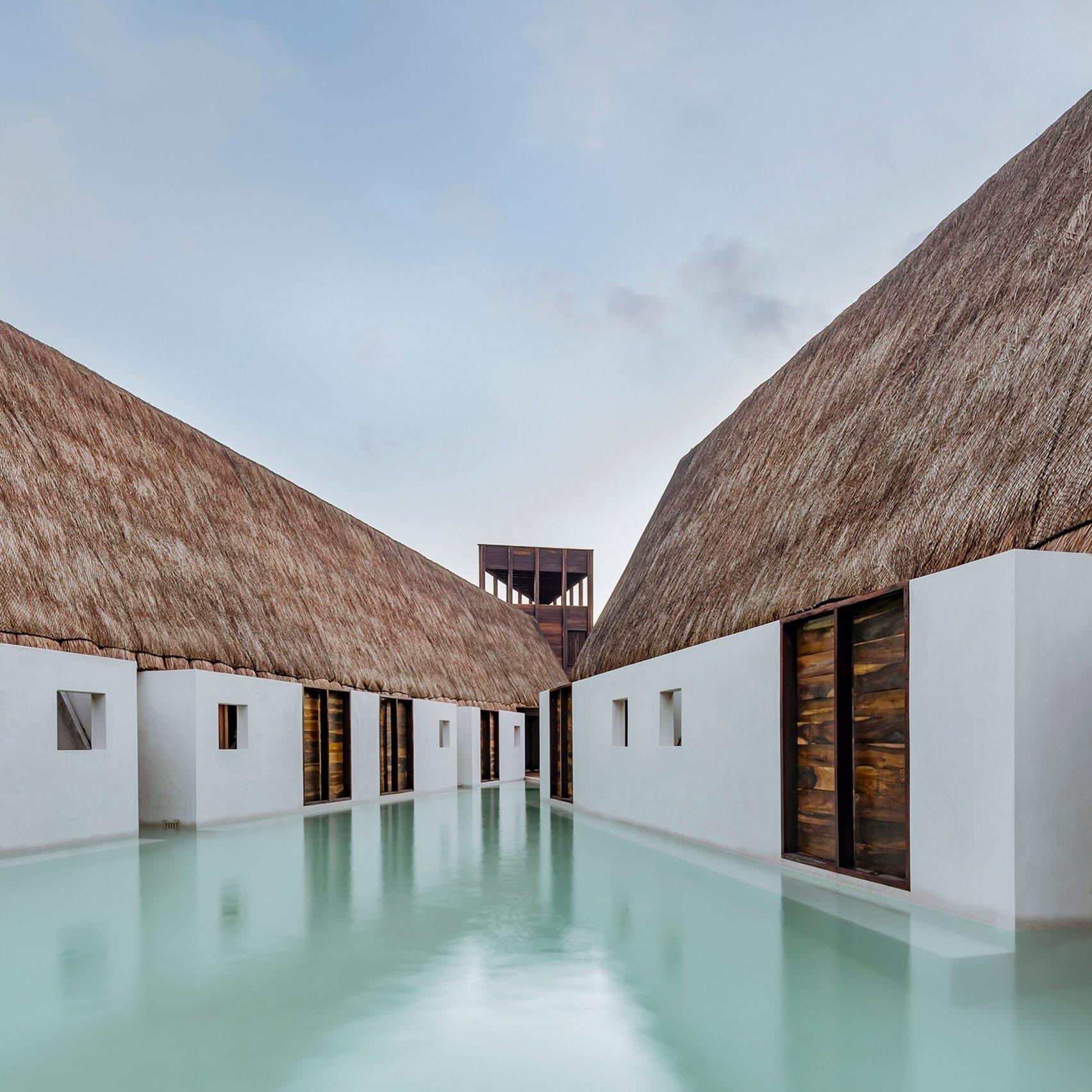 mexico moderne architektur mit wasser