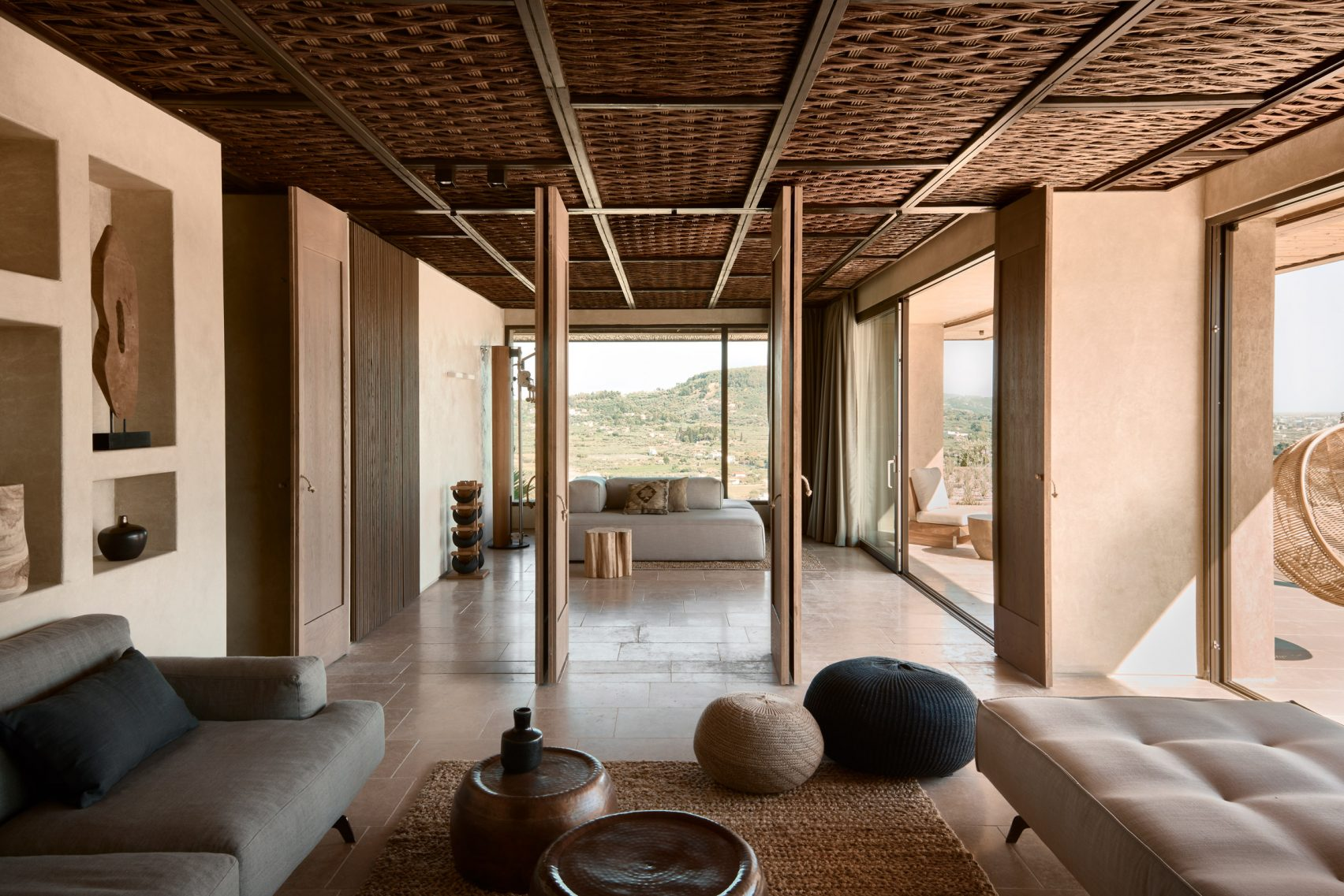 olea hotel bequeme sitzgelegenheit mit traditionellen elementen