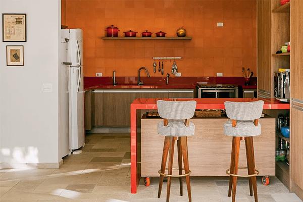 orangene akzentwand Küchentrends