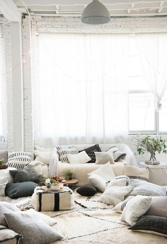 puristisch ethno bodenkissen wohnzimmer