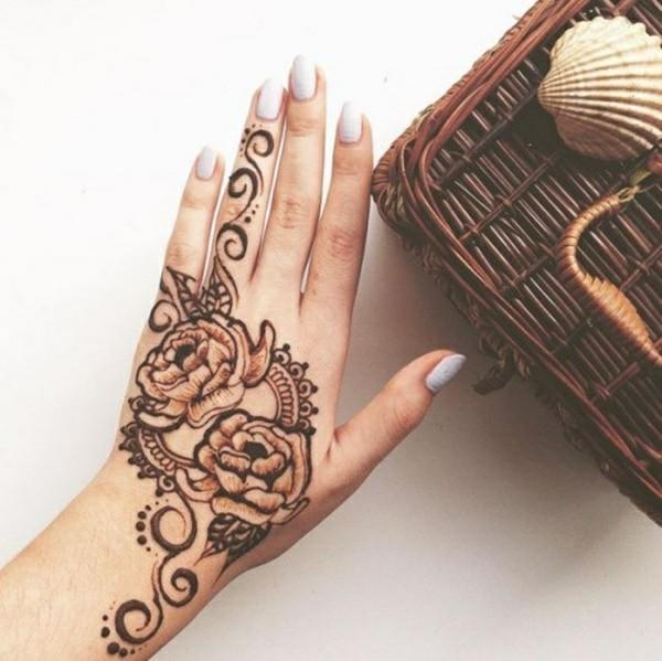 rosen henna tattoo ideen hand